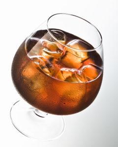 Copa de Brandy con hielo