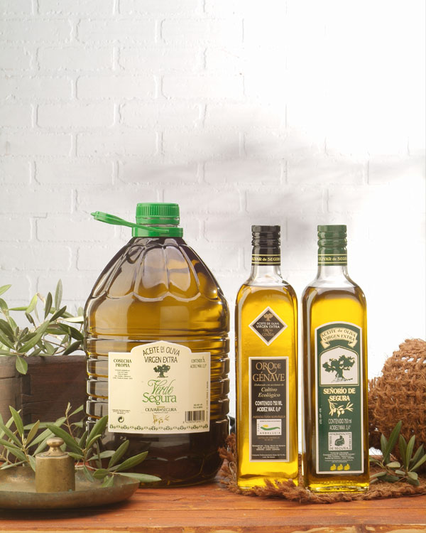 bodegon botellas y garrafas aceite